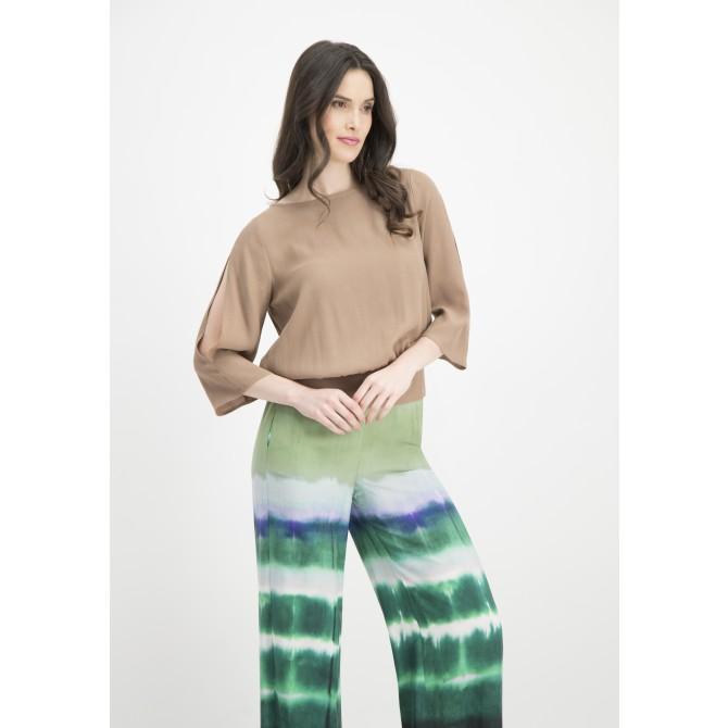 Edle Bluse ORRIDA mit modischen Details /